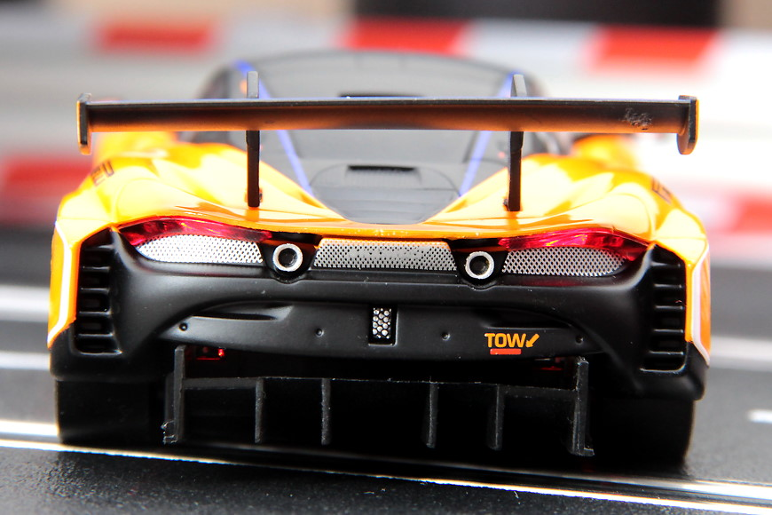 Carrera Digital 132 McLaren 720S GT3 No. 3 (30892)