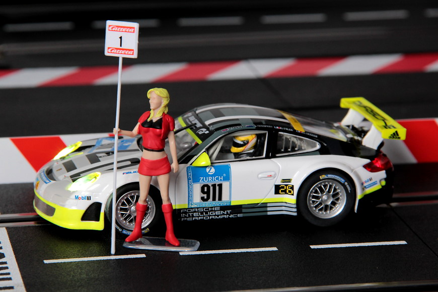Carrera Porsche 9112 Grid Girl